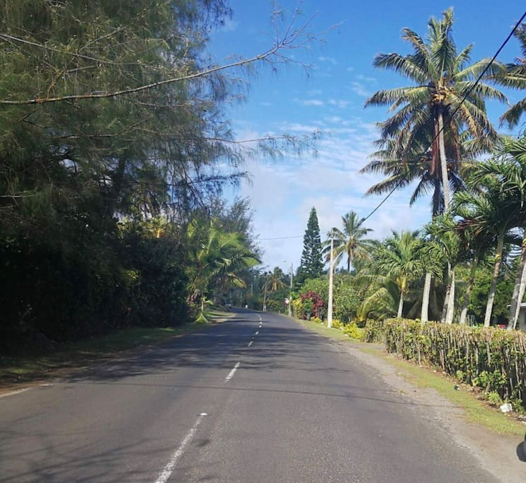 The beautiful tropical roads of Rarotonga.  This road is located in Tupapa, Maraerenga with the Tropical Breeze property located directly on the right.
