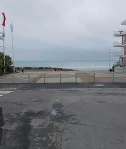 Rez de jardin bord de mer (plage des rosaires) - Plérin - 其它