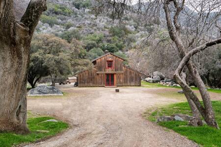 Sequoia 190 Acre Private Ranch - Three Rivers