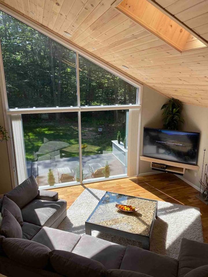 🦌 🌲 Scandinavian Inspired Cozy Hygge Cabin 🦌 🌲