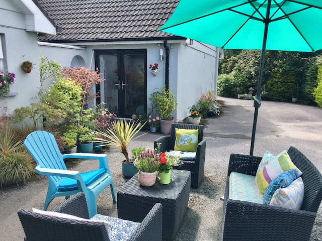 Kinsale Garden Apartment