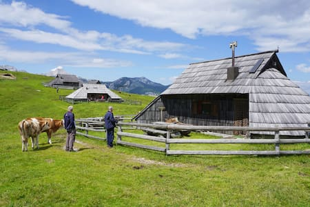 Authentic Herders Mountain Hut on Velika planina