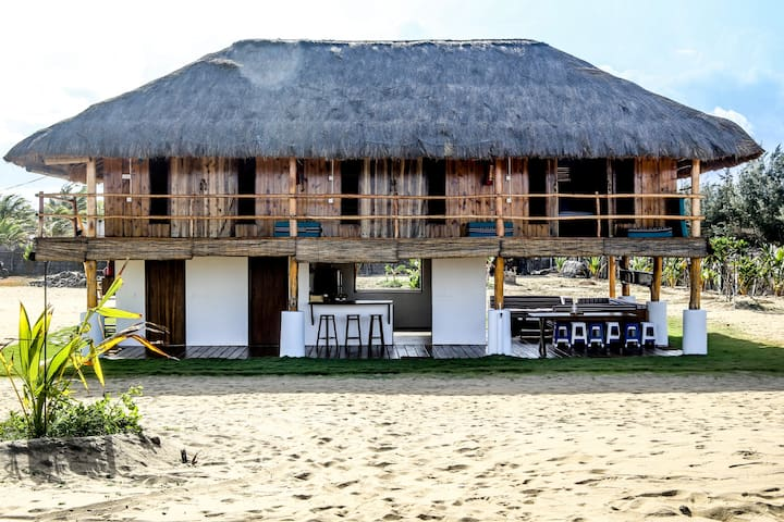 Croco Beach House