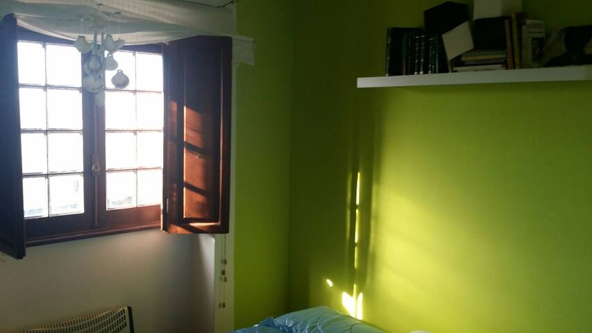 1 en-suite Bedroom in Town house - Mafra National Palace - Huis