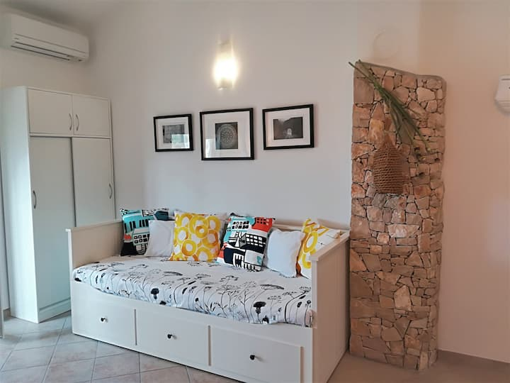 Cozy apartment 2+2 80m from sea