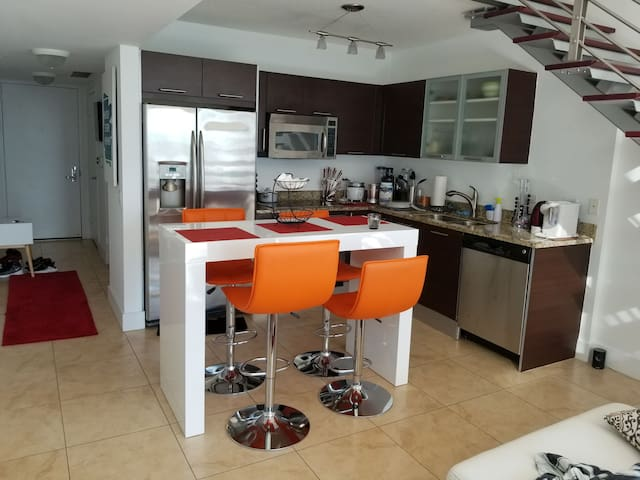 Amazing Brickell Downtown view 2 story apartment