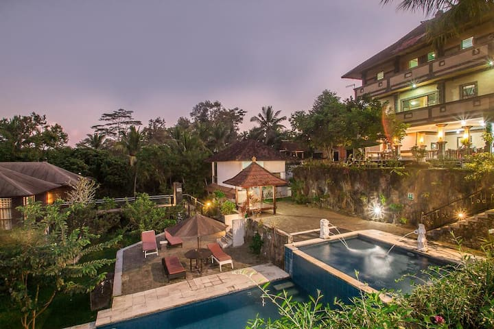 BEST SELLER TRADITIONAL BALINESE STYLE VILLA