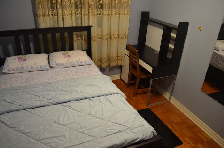 ONE ADULT Room...Near Pearson Airport...Room#2