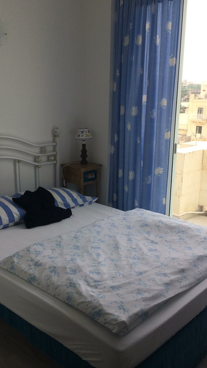 Room 3 with balcony