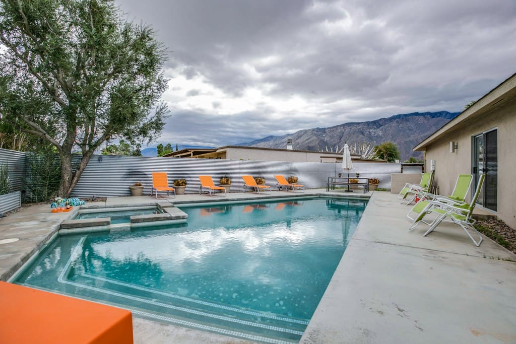 OVER POOL TO MOUNTAIN VIEWS - CASA BOREALIS - PALM SPRINGS VACATION RENTAL POOL HOME