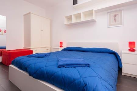 Struttura moderna con vista mare - Bed & Breakfast