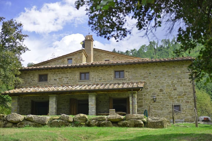 Villa Cretole - Holiday Country House with swimming pool near Arezzo, Tuscany
