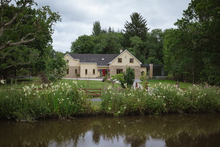 Drumleague Canal Bank House