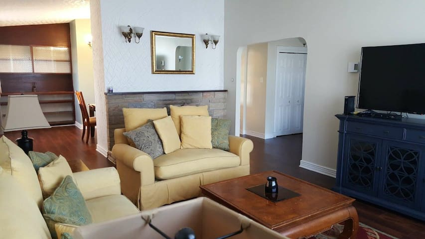 Great Value! Spacious 3 Bedroom
