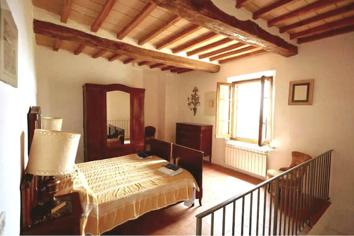 House Gioconda - 2 bedrooms flat in Crete Senesi