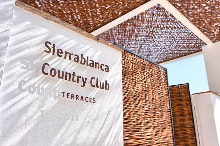 Sierra Blanca Country Club 3BR 3Bath Stunning Pool - Málaga