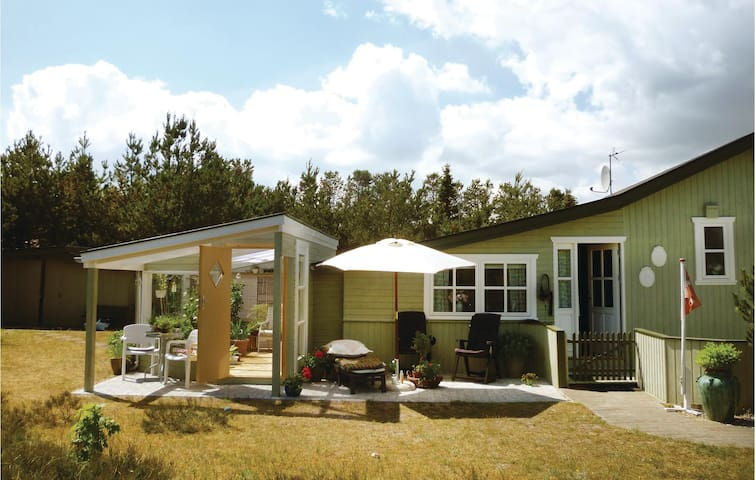 Holiday cottage with 3 bedrooms on 96m² in Sæby