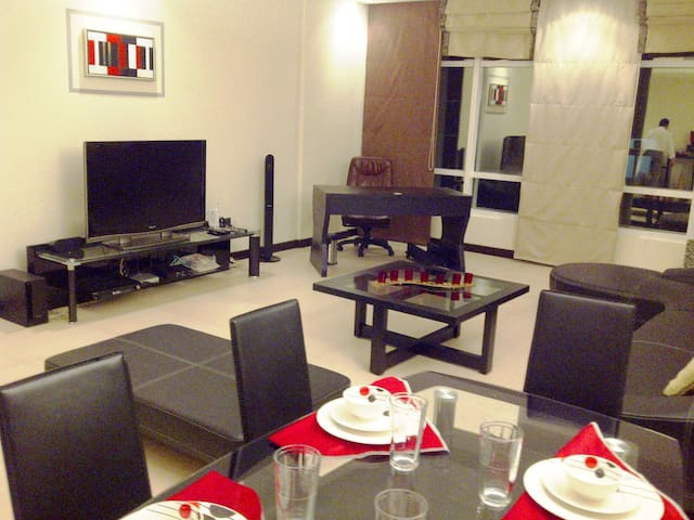 MODERN, FULLY FURNISHED, SERVICED FLAT IN JUFFAIR