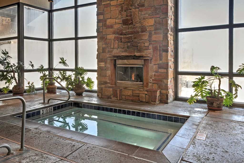Enjoy complimentary access to numerous resort amenities, including this hot tub!
