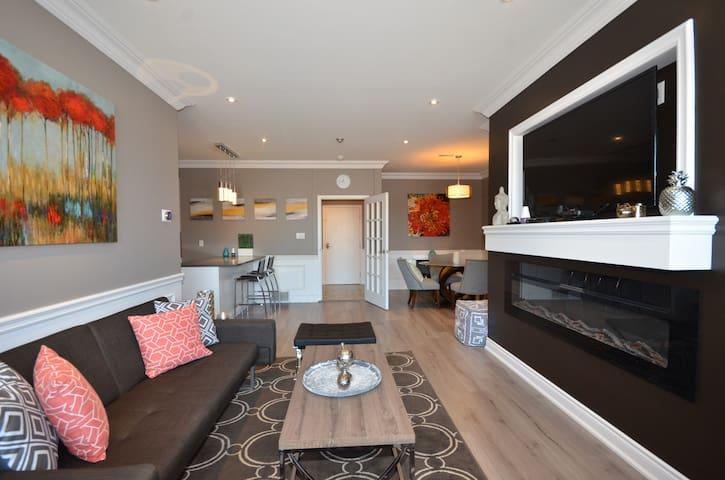 Gorgeous & Modern 2 Bdrm Condo Near Dwtn #206 - Hamilton - Condominium