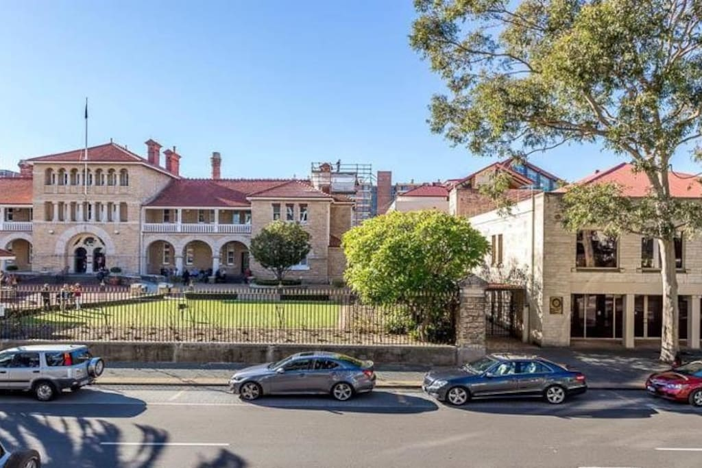 We are located 1 min to the historical Perth Mint Gold Coin Site