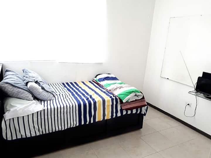 Cozy room near Monterrey - Airport 2