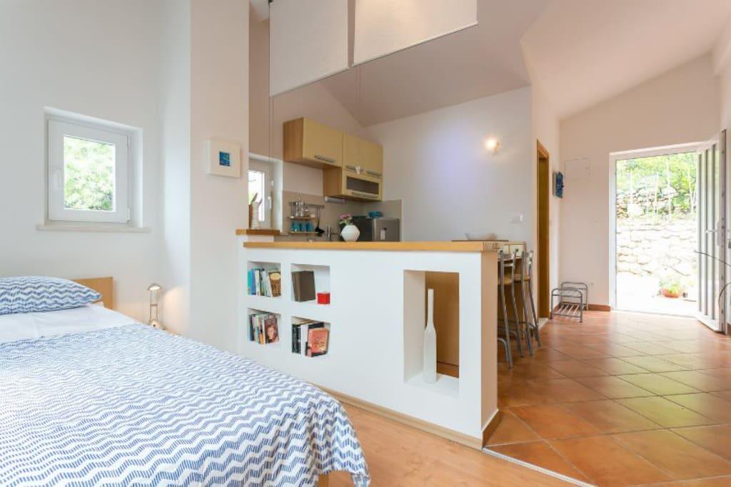 Entrance, kitchen, bedroom