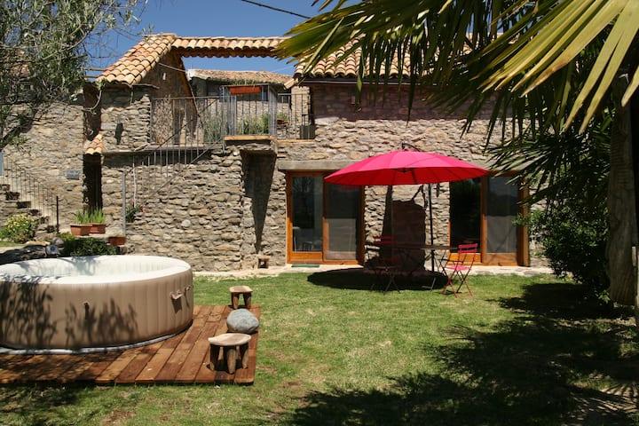 Loft con jardin y spa privados