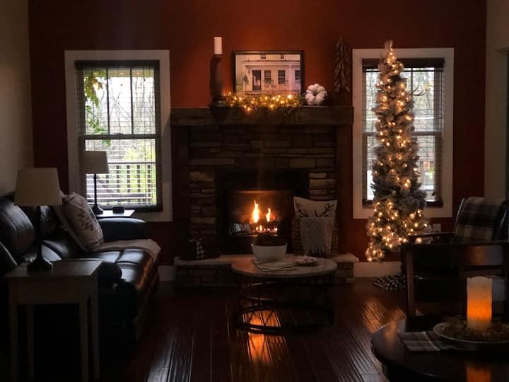 Quiet Farmhouse cottage w/rustic charm. #rest