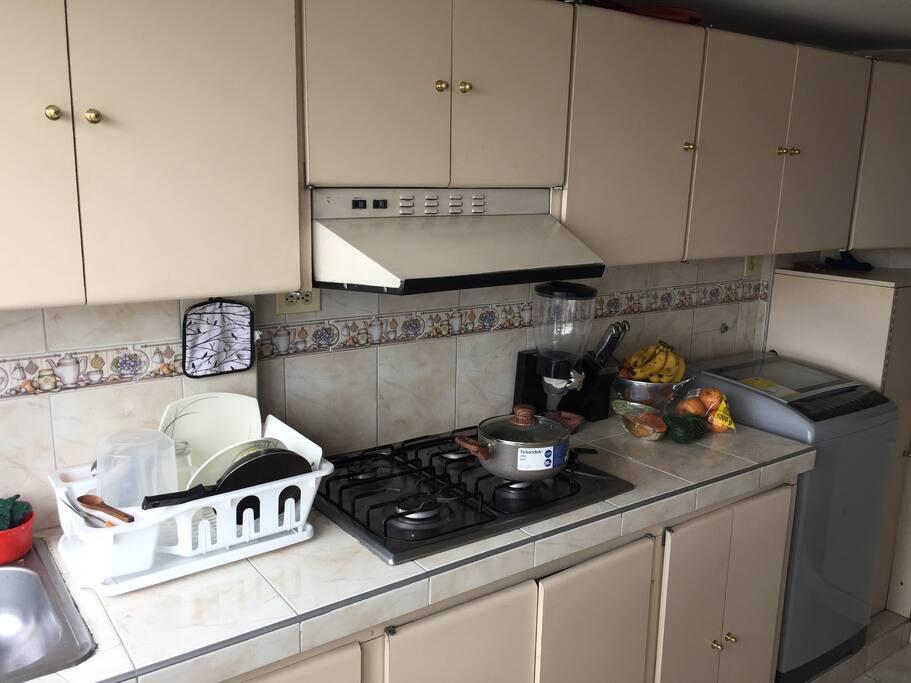Cocina equipada / Equipped Kitchen