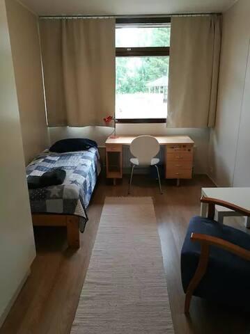 Yksityinen huone (N:o 10)