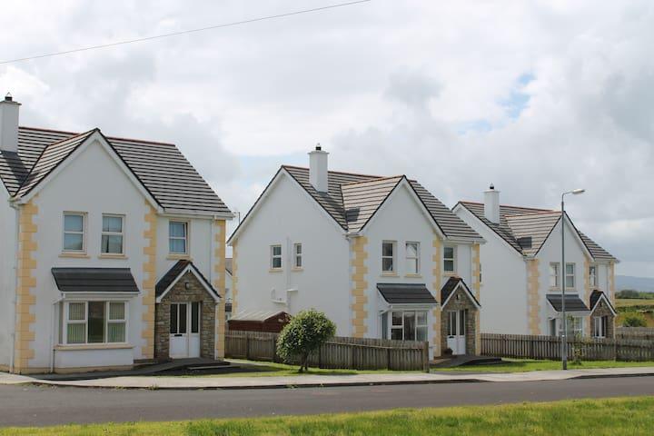 Culdaff Holidy Home - Culdaff - House