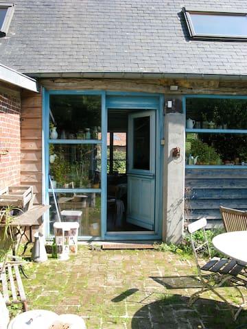 maison a la campagne sur 2 hectares - Routes - Huis