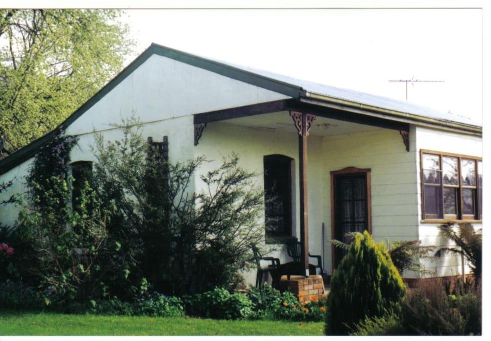 Elmstead Cottage
