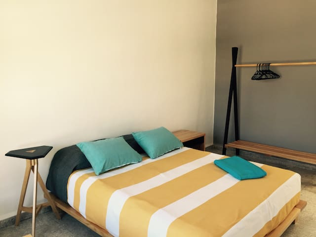Room in alternative design showroom - Oaxaca - Rumah