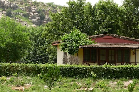 Eco tourism next to Delhi NCR - Mangar - Allotjament sostenible a la natura