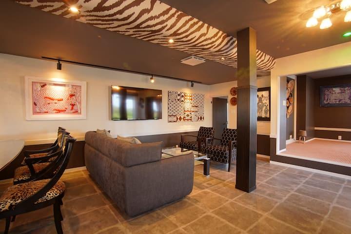最大15名■伊豆のアフリカンラグジュアリースタイル貸別荘