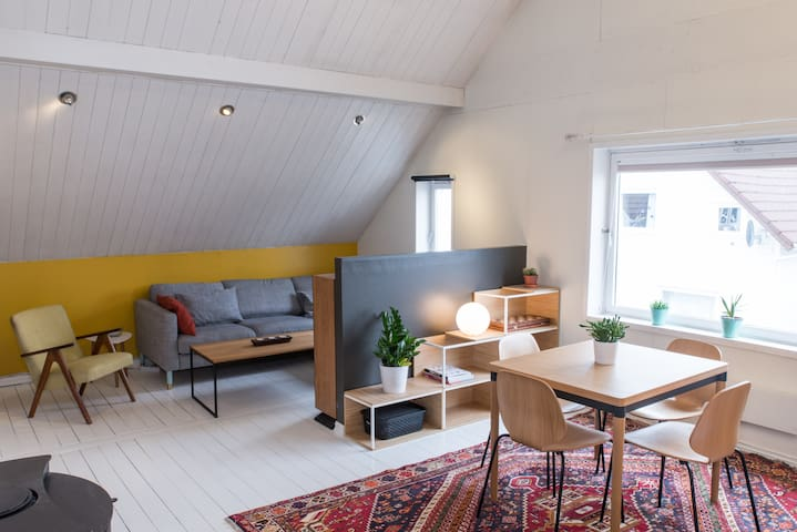 Unique & central with high ceiling - Stavanger - Apartemen