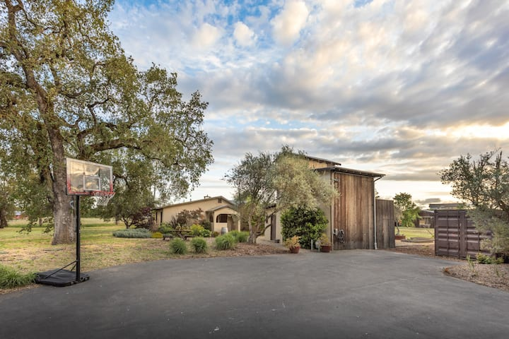 Private compound w/ Pool on 6 acres close to town