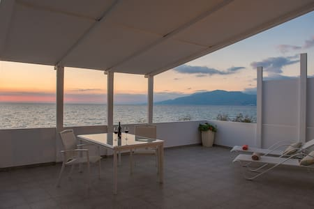 Cretan-holidays in Adonis home - kalamaki - Дом