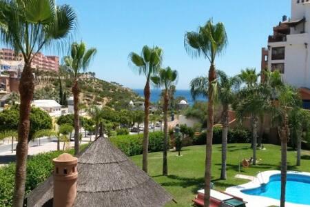 Junto al mar con piscina - Velilla-Taramay - Apartmen