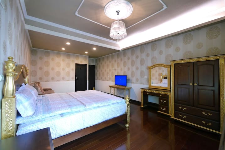401 豪華雙人房 Single King Size Bedroom