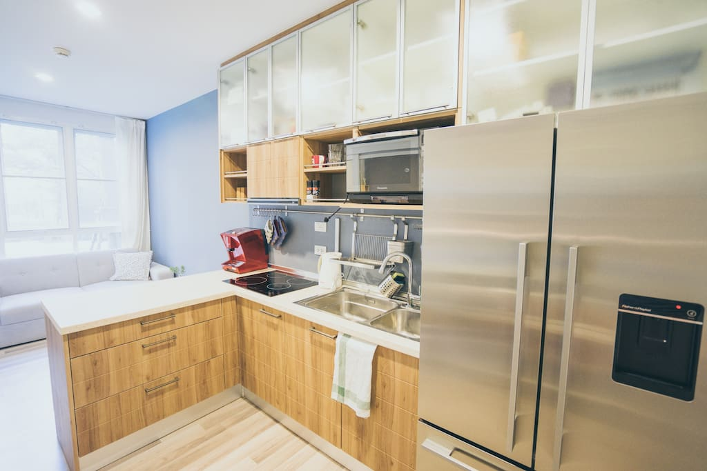 Fully equipped kitchen plus coffee  machine maker