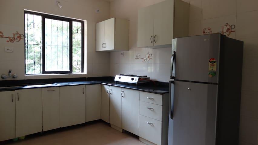 Ambari Properties - Neo Town, Electronics city - Bengaluru - Flat
