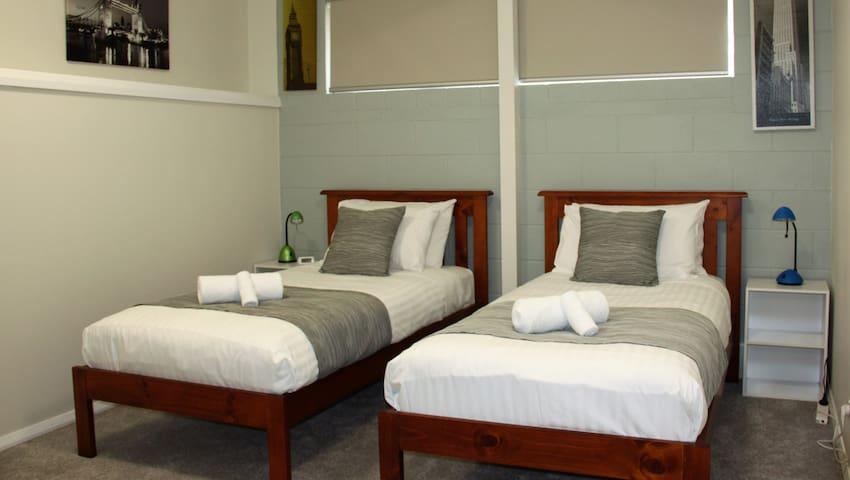 Twin Single Bedroom lower level