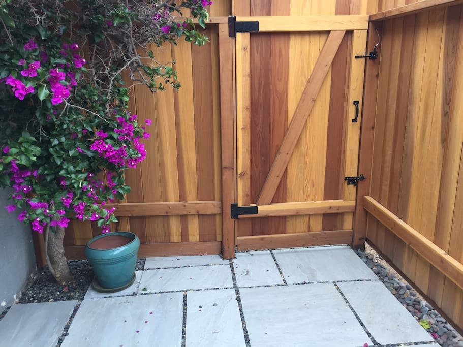 Condo enclosed gate with lock