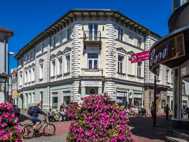 Romantic and historic apartment in Pärnu old-town!