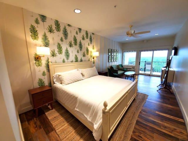 Bedroom 8 - The Big Creek Lodge