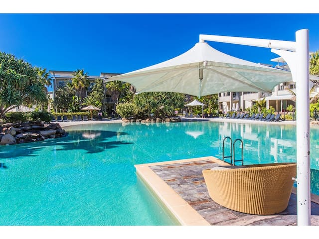 PREMIUM OCEAN 3 BED RESORT SPA SUITE PEP2206 - Kingscliff