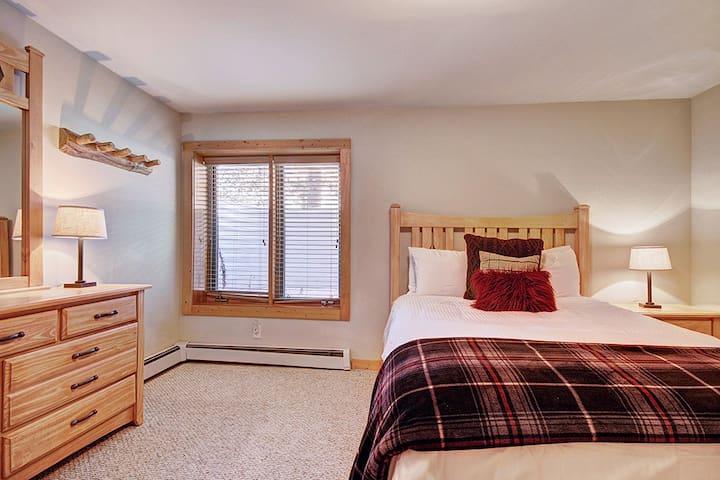 Lower level queen bedroom.